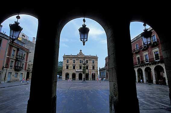 natural sitio de citas rubia en Gijón