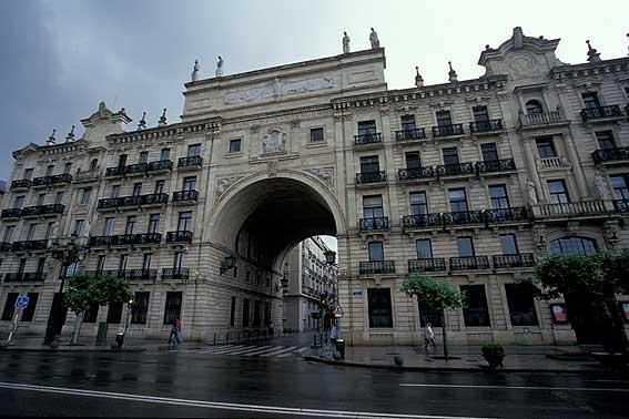 central del banco en Santander