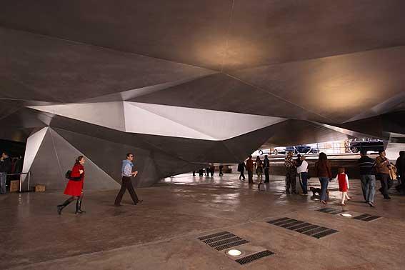 Caixa Forum Madrid, sala de exposiciones Patrick Blanc