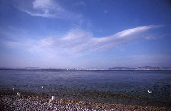 http://www.jorgetutor.com/turquia/estambul/estambul/kinaliada/kinaliada11.jpg